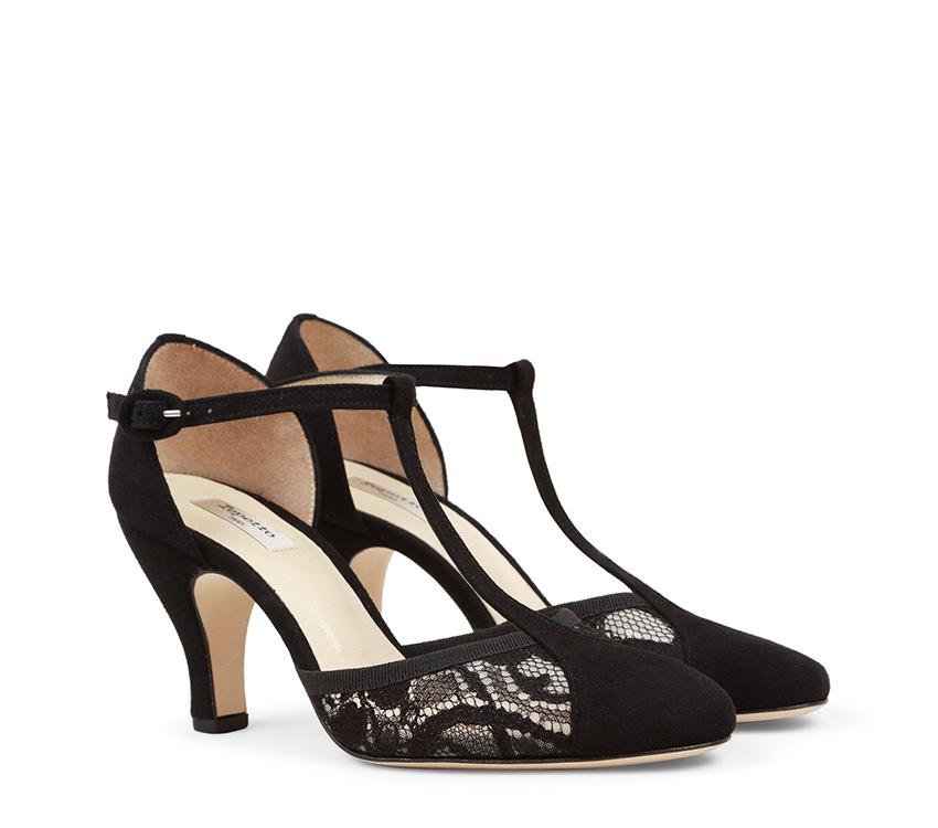 Baya T-strap Shoes - Black
