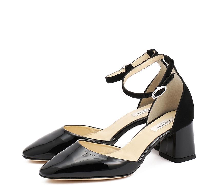 Naiade Sandals - Black